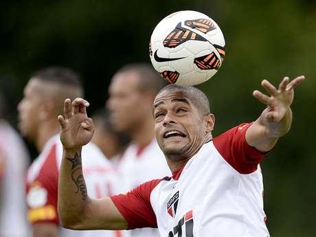 <p>Welliton jogou no São Paulo em 2013 e, agora no Celta de Vigo, foi detido dirigindo alccolizado</p>