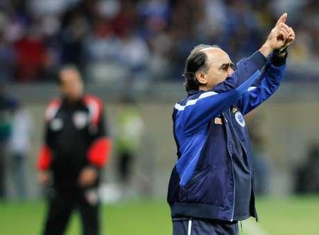 <p>Marcelo Oliveira tem peroblemas para escalar o Cruzeiro</p>