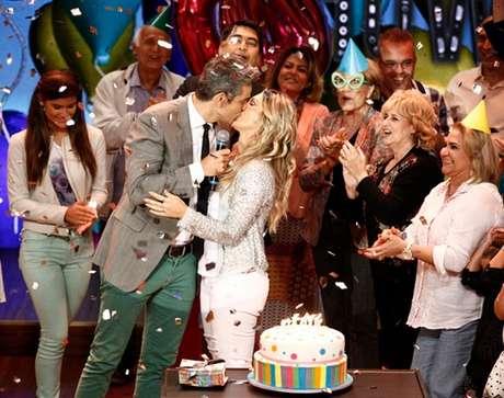 Com meses de antecedência, Vídeo Show comemora aniversário de Flávia Alessandra