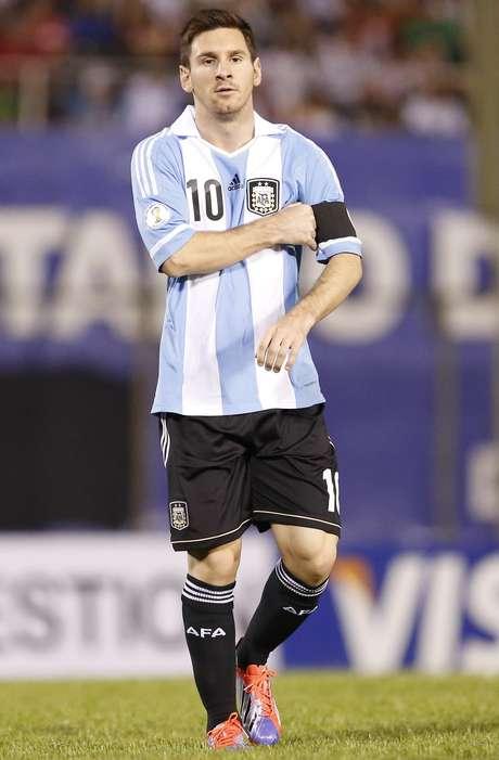 <p>Tweet de Messi também gerou críticas, mas era uma mensagem falsa</p>