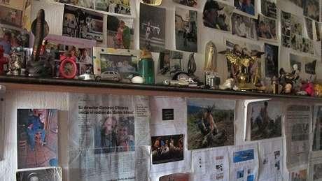 Em sua casa, Pantoja guarda uma grande coleção de recortes de jornais e revistas