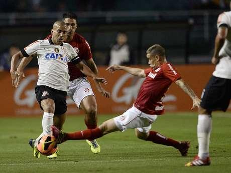 <p>D'Alessandro deixou futuro aberto depois de Corinthians 0 x 0 Internacional</p>