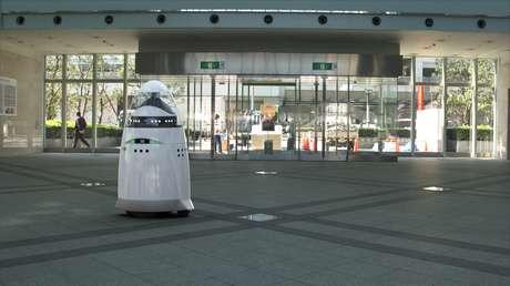 <p>K5 é uma mistura do R2 -D2, robô famoso da Saga de<em>Star Wars</em>e o robô da série<em>Perdidos no Espaço</em></p>