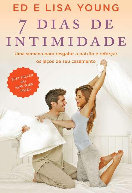 <p>Livro indica caminho prático para recuperar a intimidade e desejo sexual entre o casal</p>