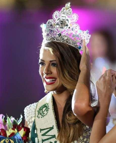 """A lo largo de la competencia Aliz se perfiló como una de las candidatas favoritas para coronarse como Miss Tierra, y también triunfó en una de los retos preliminares. """"Les cuento que hoy gané mi primera medalla como mejor teacher, 1 de las 3 otorgadas, woohoo"""", escribió en su cuenta en Twitter."""