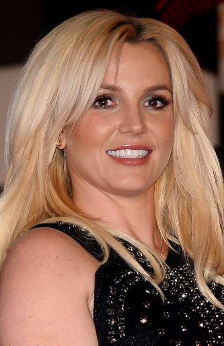 <p><strong>Britney Spears</strong> - Já a estrela pop, segundo sua irmã Lynne, fez sexo pela primeira vez aos 14 anos</p>