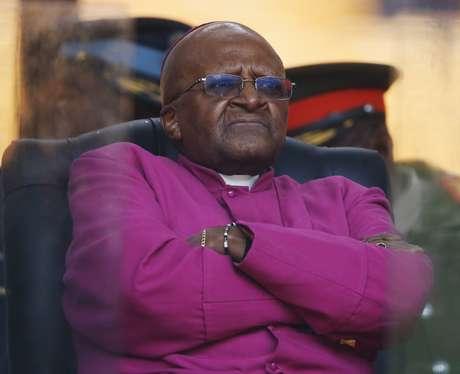 Tutu disse que não foi convidado para o funeral de seu companheiro de luta contra o apartheid