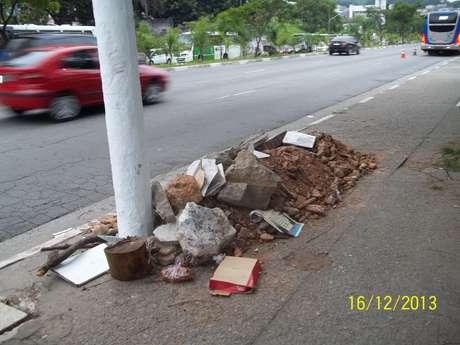 Procurada pelo<b> Terra</b>, prefeitura prometeu atitude ainda para esta terça-feira