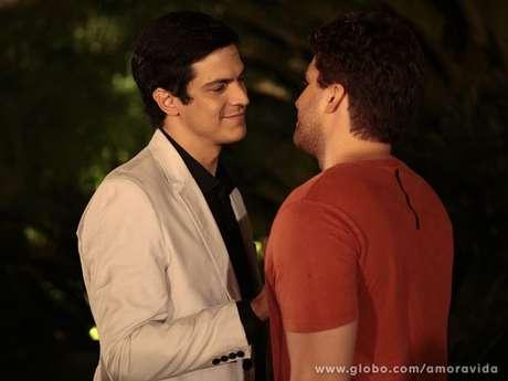 Félix e Niko viveram romance em Amor à Vida