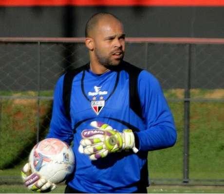 Márcio vai para sua oitava temporada no Atlético-GO