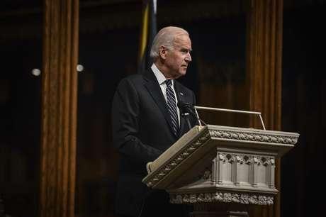 <p>O vice-presidente dos Estados Unidos, Joe Biden, pediu nesta segunda-feira para que tropas russas saiam da Ucrânia</p>