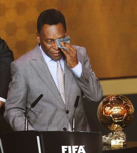 <p>Pelé quer que brasileiro só protestedepois de evento</p>