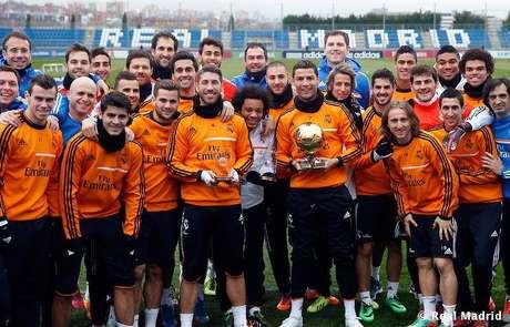 Melhor do Mundo, Cristiano Ronaldo festeja com companheiros do Real