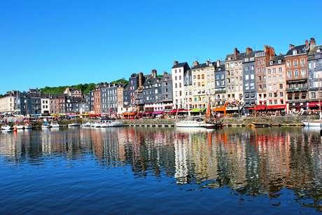 A pequena cidade portuária de Calvados, na Normandia, inspirou o surgimento do movimento impressionista