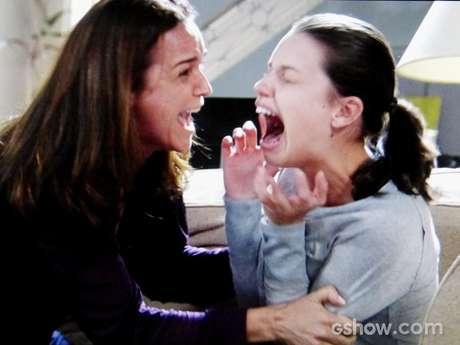 Neide briga com Linda e provoca mais um surto da filha