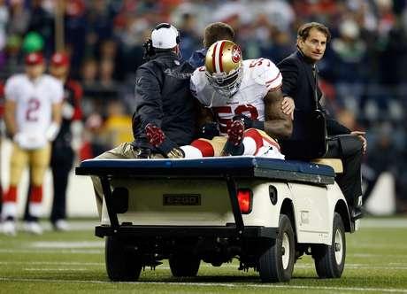 NaVorro Bowman sufrió la rotura de ligamentos pero podría regresar antes de la temporada 2014