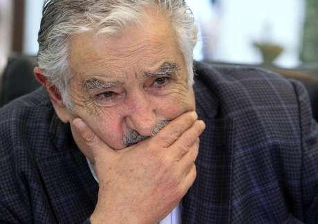 <p>O presidente do Uruguai, José Mujica, teria aceitado receber prisioneiros de Guantánamo. Ele deve se encontrar com Obama ainda este semestre</p>
