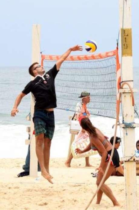 <p>Rodrigo Hilbert é constantemente visto em partidas de vôlei</p>