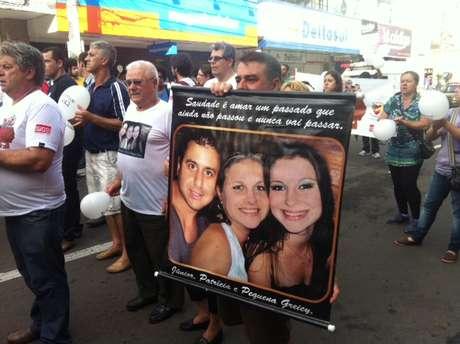 <p>Oclides Bairro perdeu duas sobrinhas e o marido de uma delas na tragédiade 27 de janeiro de 2013</p>