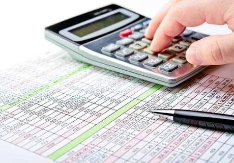 <p>Tabela do Imposto de Renda será corrigida de maneira escalonada a partir de abril</p>