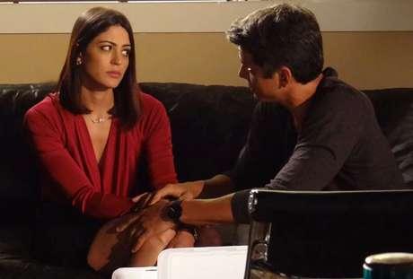 Guto diz para Silvia parar de pensar em Patrícia