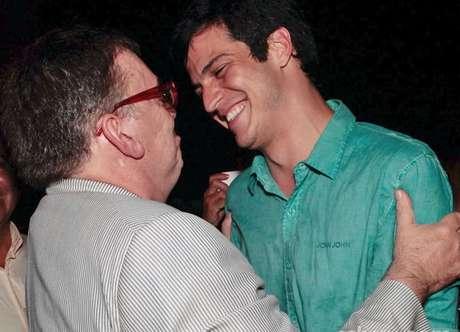 Walcyr Carrasco elogia Solano pelo personagem Félix