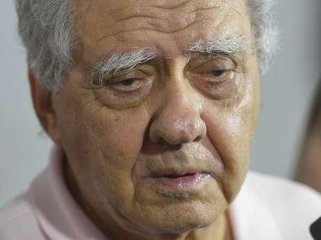 <p>Barretão consideraque a morte de Coutinho 'é uma perda enorme para o cinema brasileiroe mundial'</p>