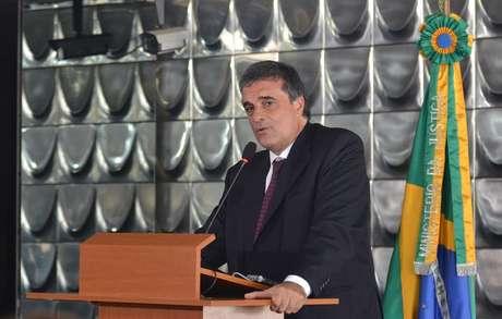 Ministro da Justiça,  José Eduardo Cardozo, afirmou que a médica não será considerada uma estrangeira irregular no Brasil enquanto não for desligada do Programa Mais Médicos pelo Ministério da Saúde