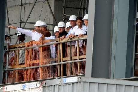 <p>Membros da Fifa e do COL visitaram Arena da Baixada e ratificaram perman&ecirc;ncia do est&aacute;dio</p>