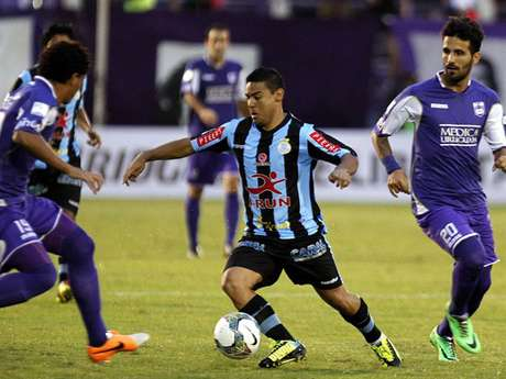 <p>Alfredo Ramúa anotó un gol, pero su aporte se diluyó hasta que salió expulsado en el segundo tiempo.</p>