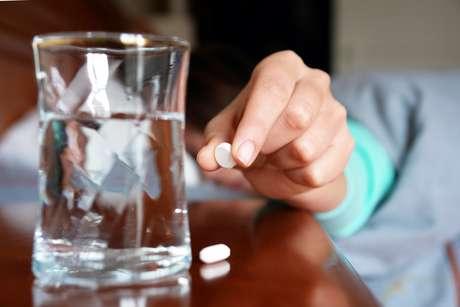 <p>Puede que la enfermedad lleve a la adicción o viceversa.</p>