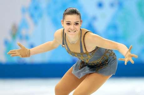 La rusa Adelina Sotnikova competes en la final del patinaje artístico de los Juegos Olímpicos de Invierno, el jueves 20 de febrero de 2014, en Sochi, Rusia.