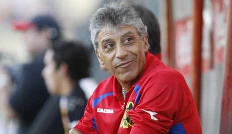 Héctor Pinto suena con fuerza para asumir el banco de Cobreloa.