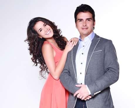 <p>Laura de León y Carlos Camacho protagonizan 'La playita'.</p>