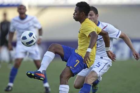 Seleção Brasileira fez amistoso com a Holanda na capital goiana, em 2011