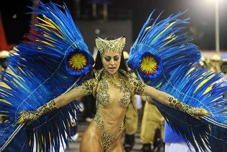 <p>Fantasia &quot;Rainha da Floresta&quot; representa&nbsp;on&ccedil;a em extin&ccedil;&atilde;o&nbsp;</p>