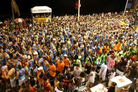 <p>Cordeiros são recrutados em bairros da periferia de Salvador para trabalhar durante o Carnaval</p>