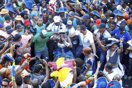 <p>Cordeiros recebem R$ 45 para cada dia de trabalhado no Carnaval de Salvador</p>