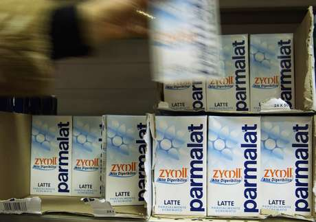 A falência da empresa foi decretada após ser descoberto um rombo de 14 bilhões de euros (R$ 45 bilhões) em seus registros contábeis