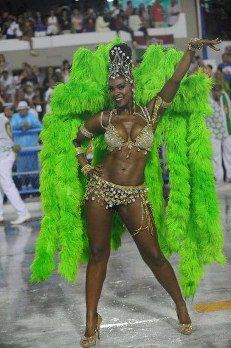 <p>A atrizCris Vianna é rainha de bateria daImperatriz Leopoldinense</p>