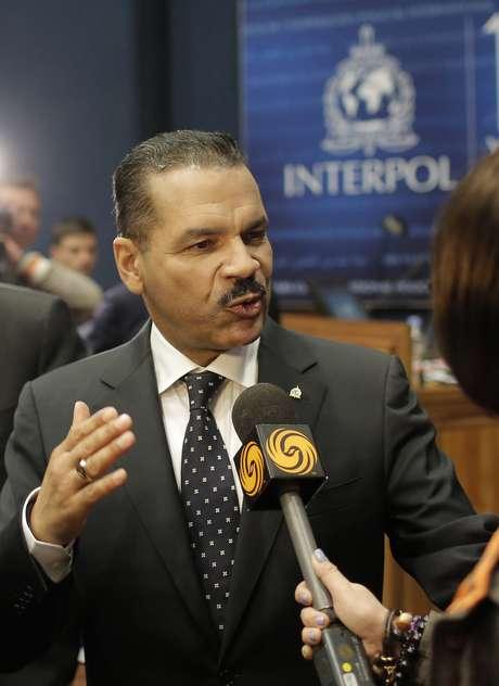 O secretário-geral da Interpol, Ronald K. Noble, disse que as informações sobre o incidente não levam às conclusões sobre possível terrorismo