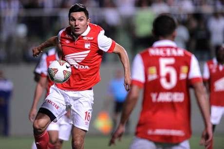 Daniel Torres será titular con Santa Fe esta noche ante Zamora en Venezuela