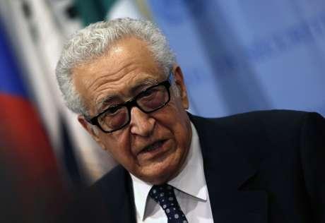 <p>Brahimi falou com jornalistas depois de entregar relat&oacute;rio no Conselho de Seguran&ccedil;a da ONU&nbsp;nesta quarta-feira</p>