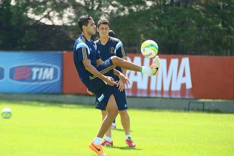 <p>Alan Kardec ainda não acertou renovação com Palmeiras</p>