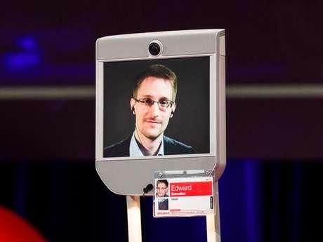 Edward Snowden participou da conferência do TED no Canadá