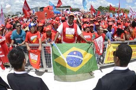 A Polícia Militar do Distrito Federal tentou organizar os manifestantes