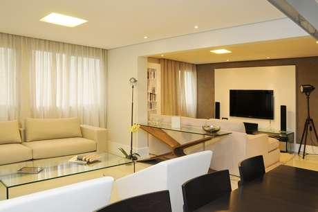 O apartamento de 100m² no bairro dos Jardins, em São Paulo, ganhou a cara dos donos. O trabalho é da arquiteta Marta Martins, proprietária do escritório Marta Martins Arquitetura. Informações: (11) 3743-8999
