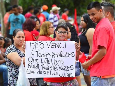 <p>A luta por habitação é a causa comum entre os 2 mil presentes na marcha que reúne manifestantes de cinco ocupações da periferia da cidade</p>