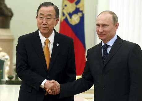 <p>Ban Ki-moon se encontrou com Putin nesta quinta-feira e disse estar muito preocupado com a crise na ucrânia após a anexação da Crimeia</p>