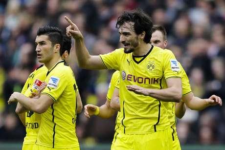 Hummels manteve possibilidades matemáticas, mas quase utópicas, de título para o Dortmund